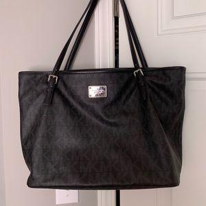 Michael Kors Jet Setter Black Diaper Bag